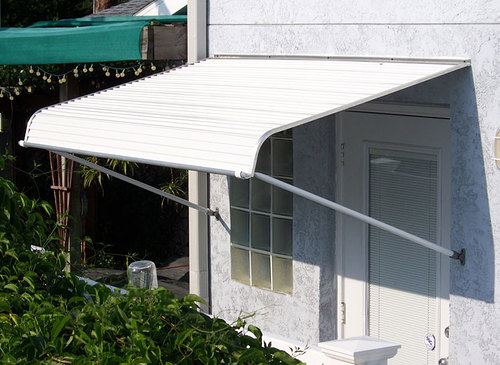 1100 series door canopy with support arms ISYNASK