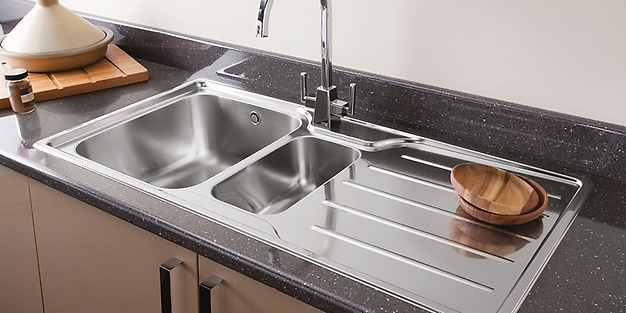 Kitchen sinks with faucets
