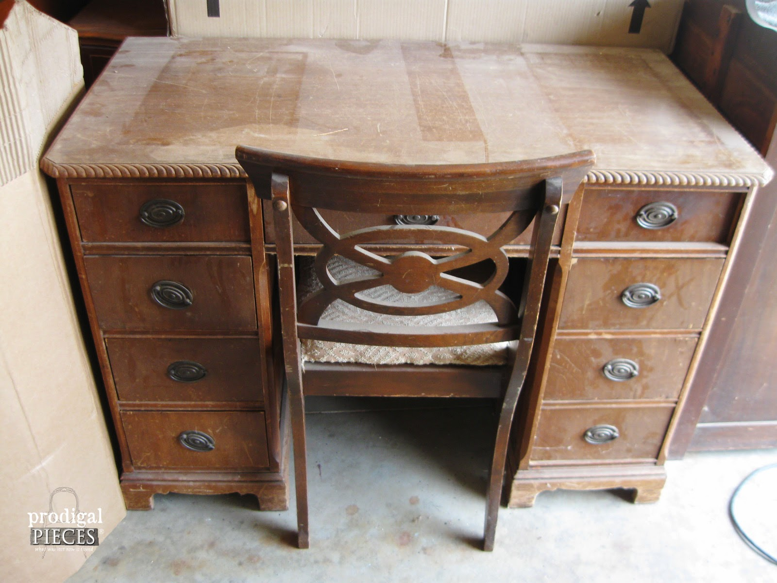 an antique desk makeover by prodigal pieces www.prodigalpieces.com  #prodigalpieces OIGZATH