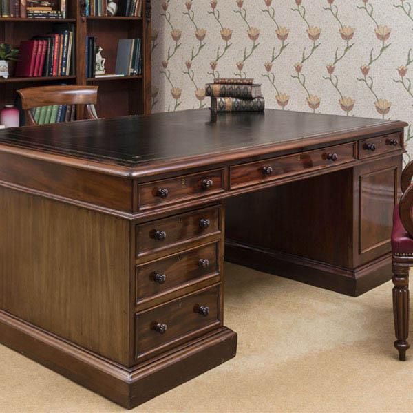 Old is gold – antique desk