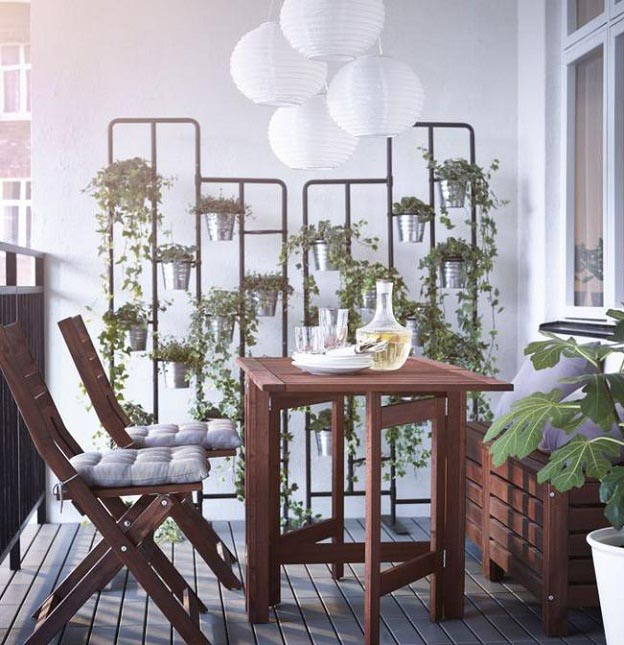 balcony furniture on a small space like balcony, what worku0027s best? light, folding chairs and DZHBLGA