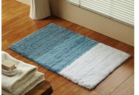 Attractive designer bath rugs