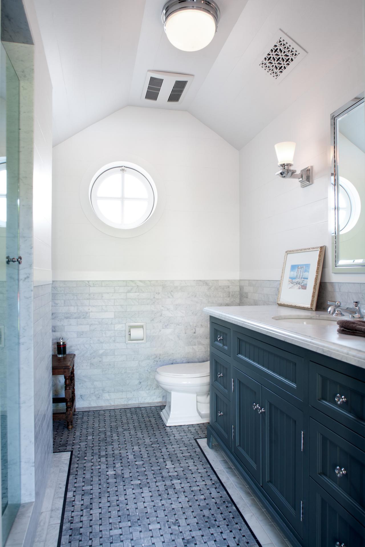bathroom flooring ideas basketweave tile on bathroom floor ADXIKPL