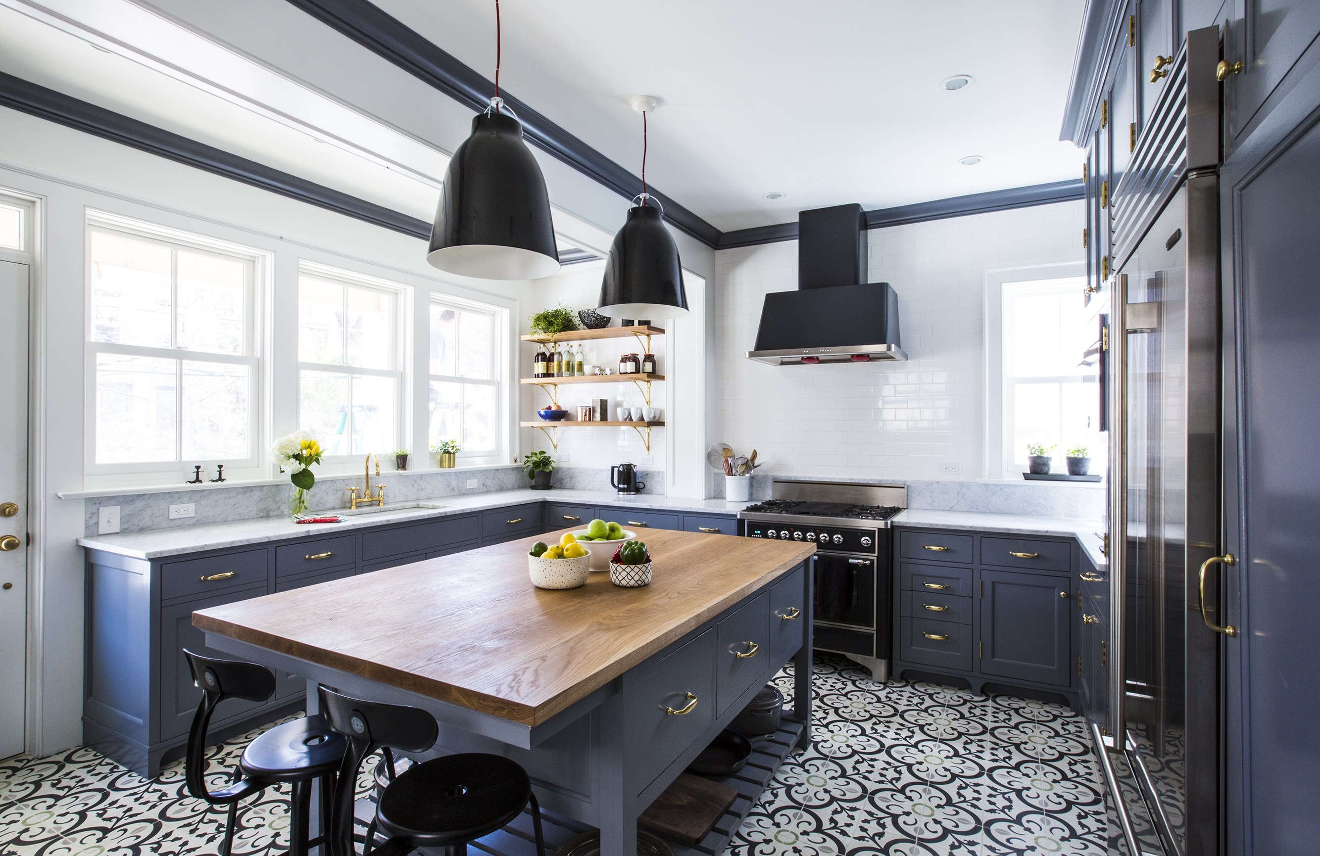 before and after: a white-and-gray kitchen renovation photos |  architectural digest AEFRESF