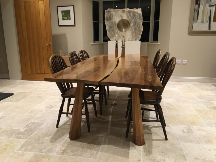 bespoke furnitures in pursuit of imperfection - a walnut dining table VRXVACG