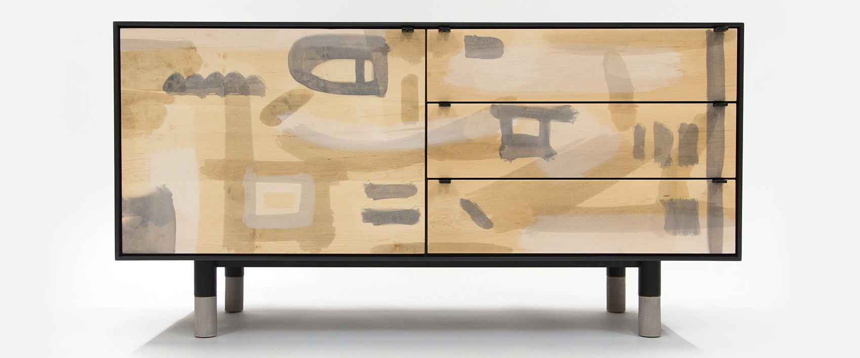 bespoke furnitures make a statement with a hand-painted piece of furniture.  1_brisesdeprintemps_ninahelms GMWEPSQ