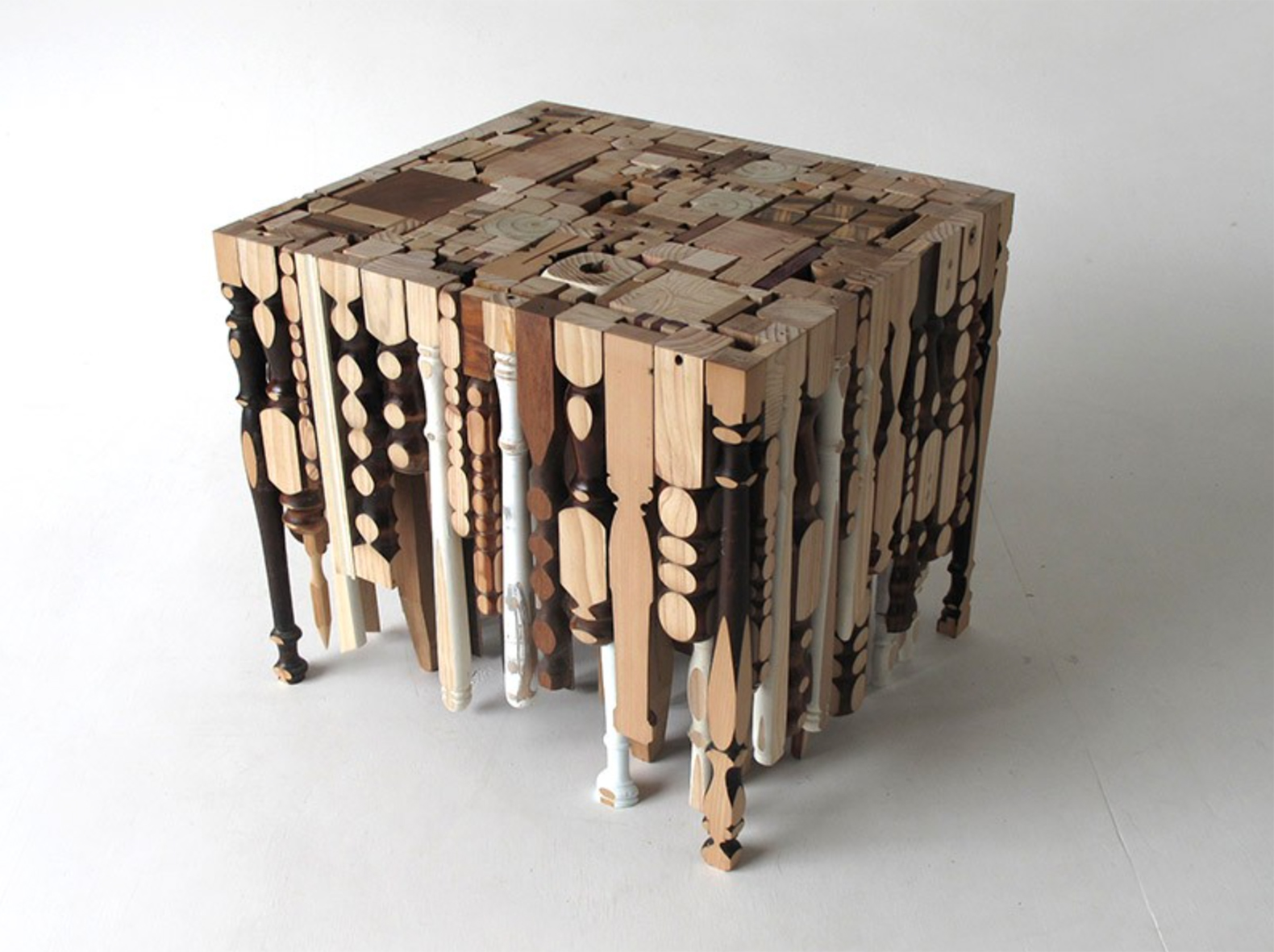 Grab the best of recycled furniture at a go