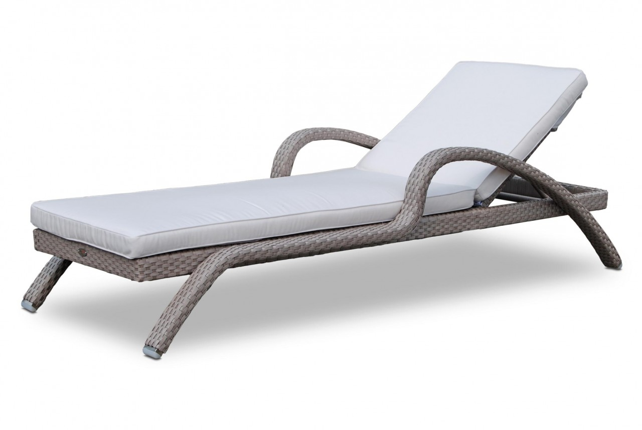buy elegant and stylish sun loungers for your patio - designinyou MMAIVHO