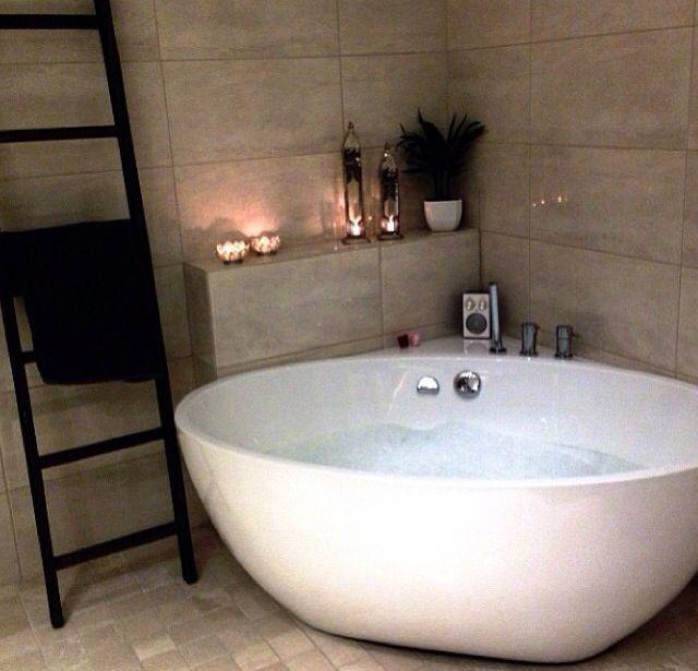 corner baths bathroom - love the towel ladder and the corner setup/shelving. i donu0027 JWPERTY