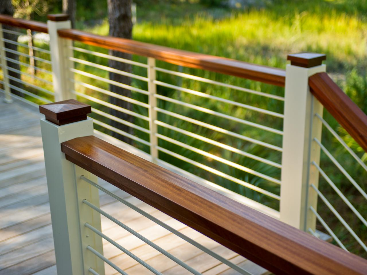 Leave Out The Old Traditional Thought And Give Shape To Deck Railing Ideas Elisdecor Com