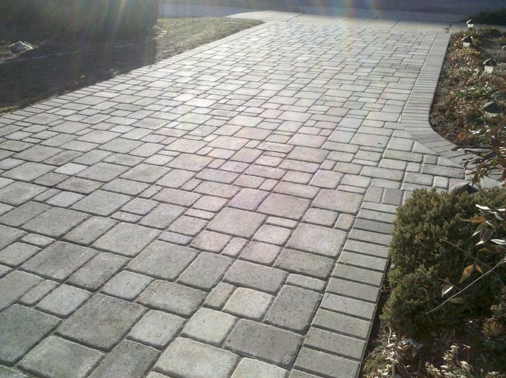 Suggestions for materials and designs of driveway pavers