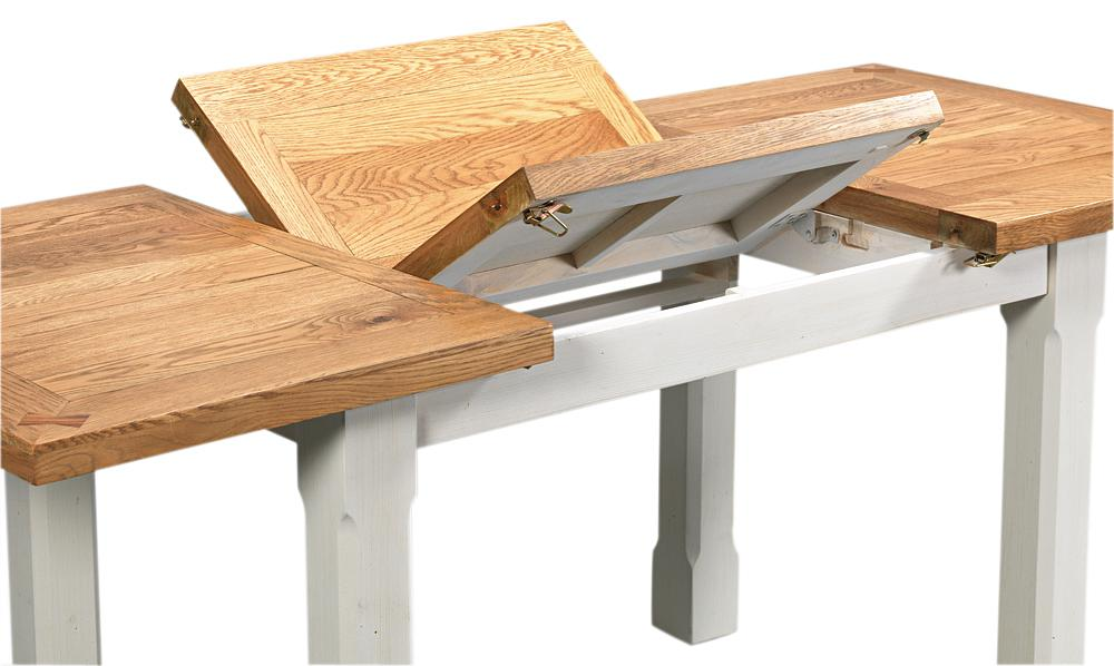Extendable dining tables – a perfect solution if you have guests