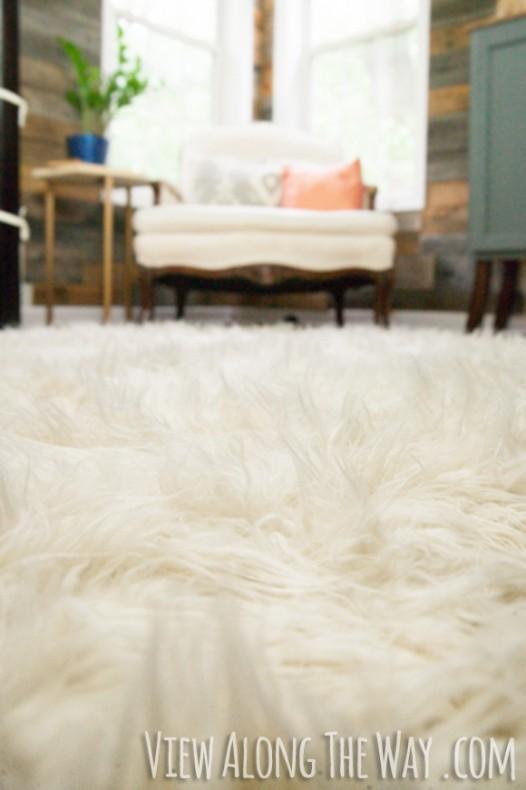 faux fur rug diy flokati rug tutorial! this is brilliant! EKKPXBV