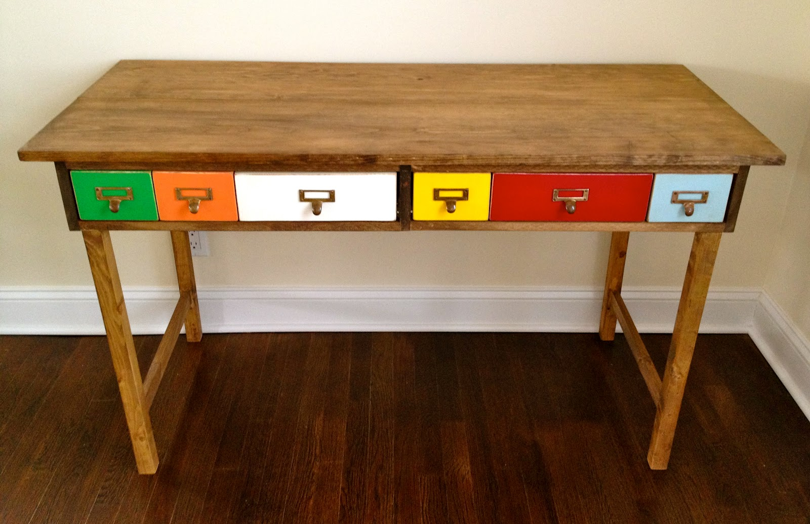 free plans to make a cute play table with colorful library catalog style RMHFMGN