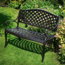garden seats these days, people are also using metal seats in gardens but these seats RSXSGMD