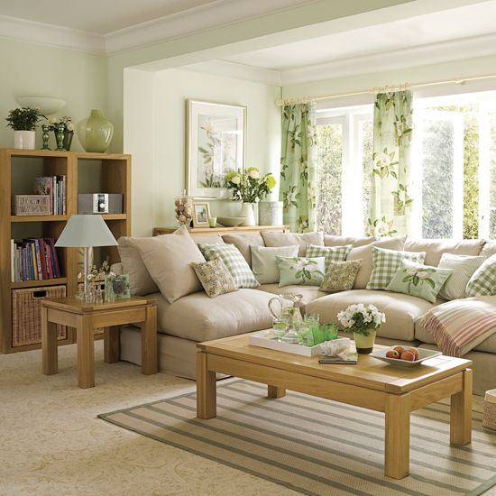 Effective aspects and strategies to make your own green living room