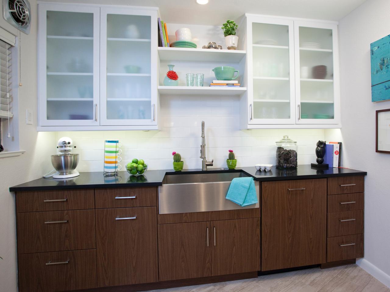 kitchen cabinets design cream color country style kitchen ZKXWUCM