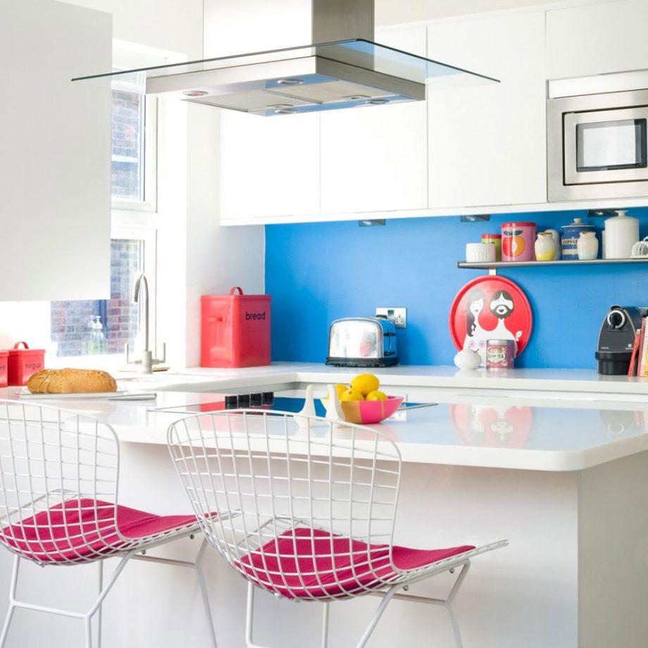 kitchen colour white kitchen with blue splashback KCBJIIM