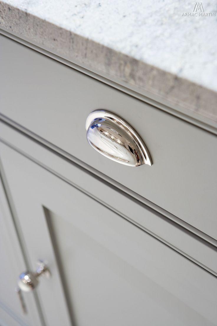 kitchen cupboard handles classic kitchens direct - home - handmade kitchens direct to your home - RUYBFMH