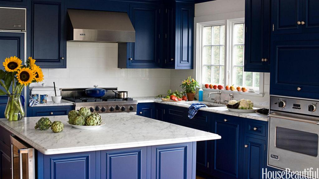 kitchen paint ideas midnight blue kitchen island ZICTUVH