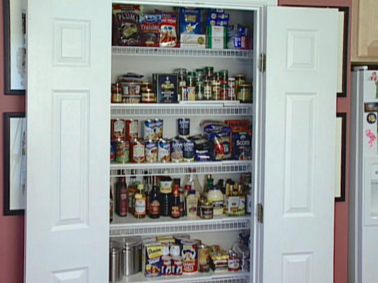 kitchen pantry dadc213_organized-kitchen-pantry_s4x3 NHDWKXR