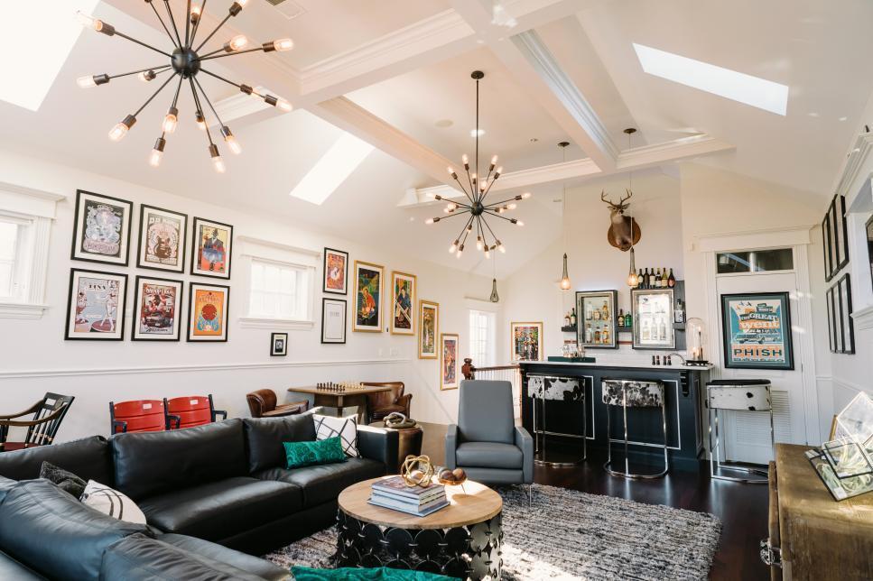living room bar vintage-mod living room with bar area | 2014 | hgtv IPTYTTZ