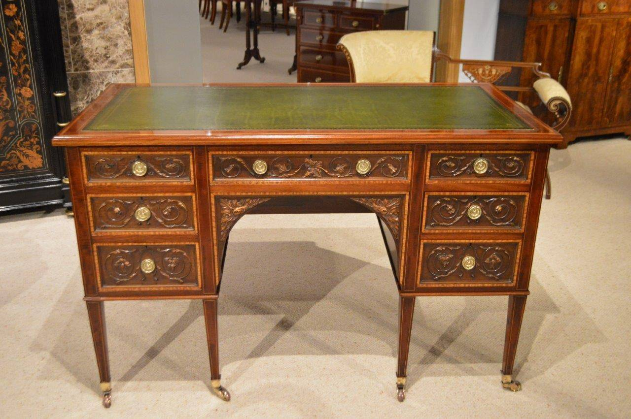 mahogany antique desk by gillows of lancaster 3 NXTXGNA