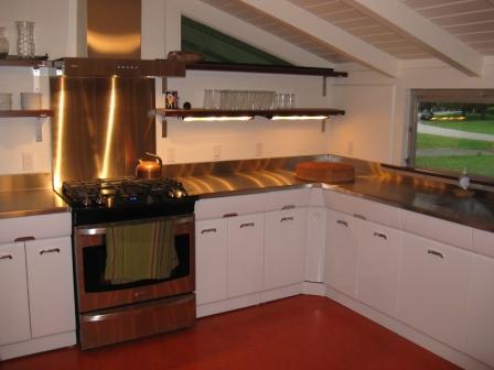 metal kitchen cabinets garth and martha had their vintage crosley kitchen cabinets ... TMLRICX