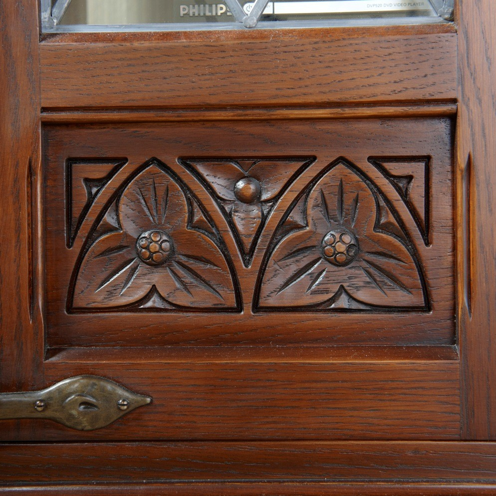 old charm furniture oc2440 old charm tv cabinet detail 1 ABRYAMA