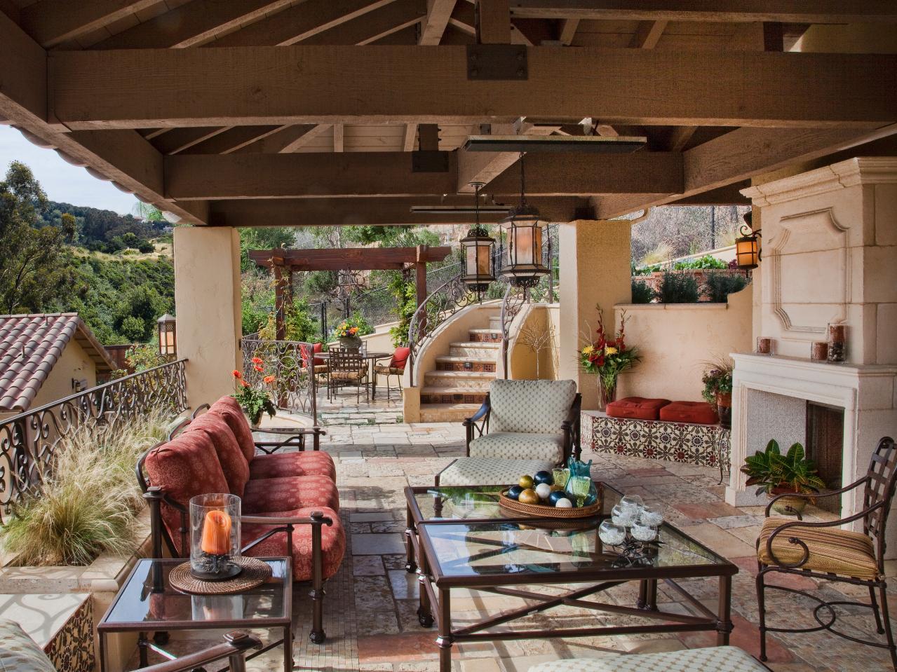 outdoor living courtyard dining PSXTPCK