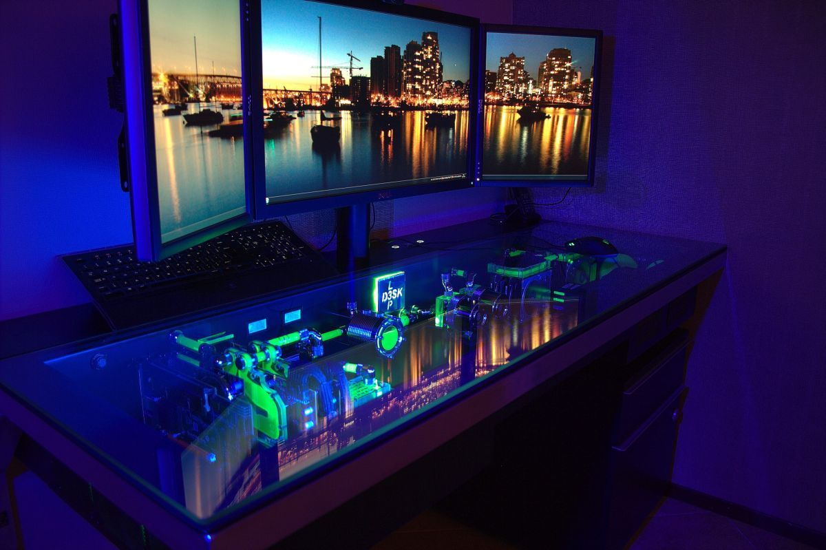 pc desk how a legendary pc mod inspired the most outrageous computer desk ever NQSQRZI