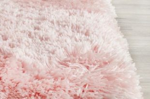 pink rugs safavieh handmade arctic shag pink polyester rug ($64) ❤ liked on polyvore CWWPTPL