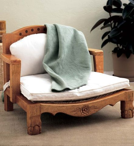raja meditation chair: raja means u201croyaltyu201d in hindi - and in this luxurious OBSVTJN
