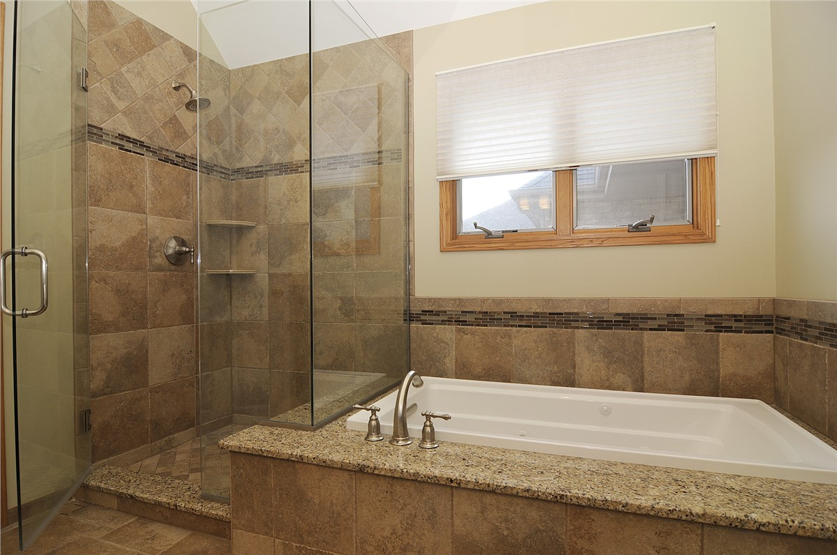 remodel bathroom chicagoland bathroom remodeling GVMYRWE