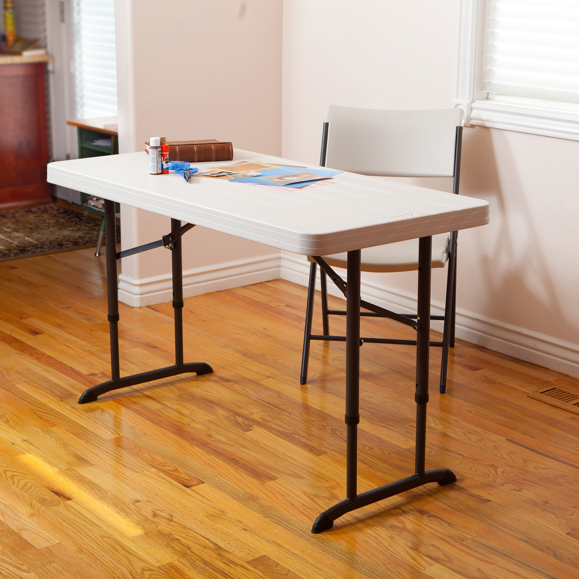 Smart look small folding table