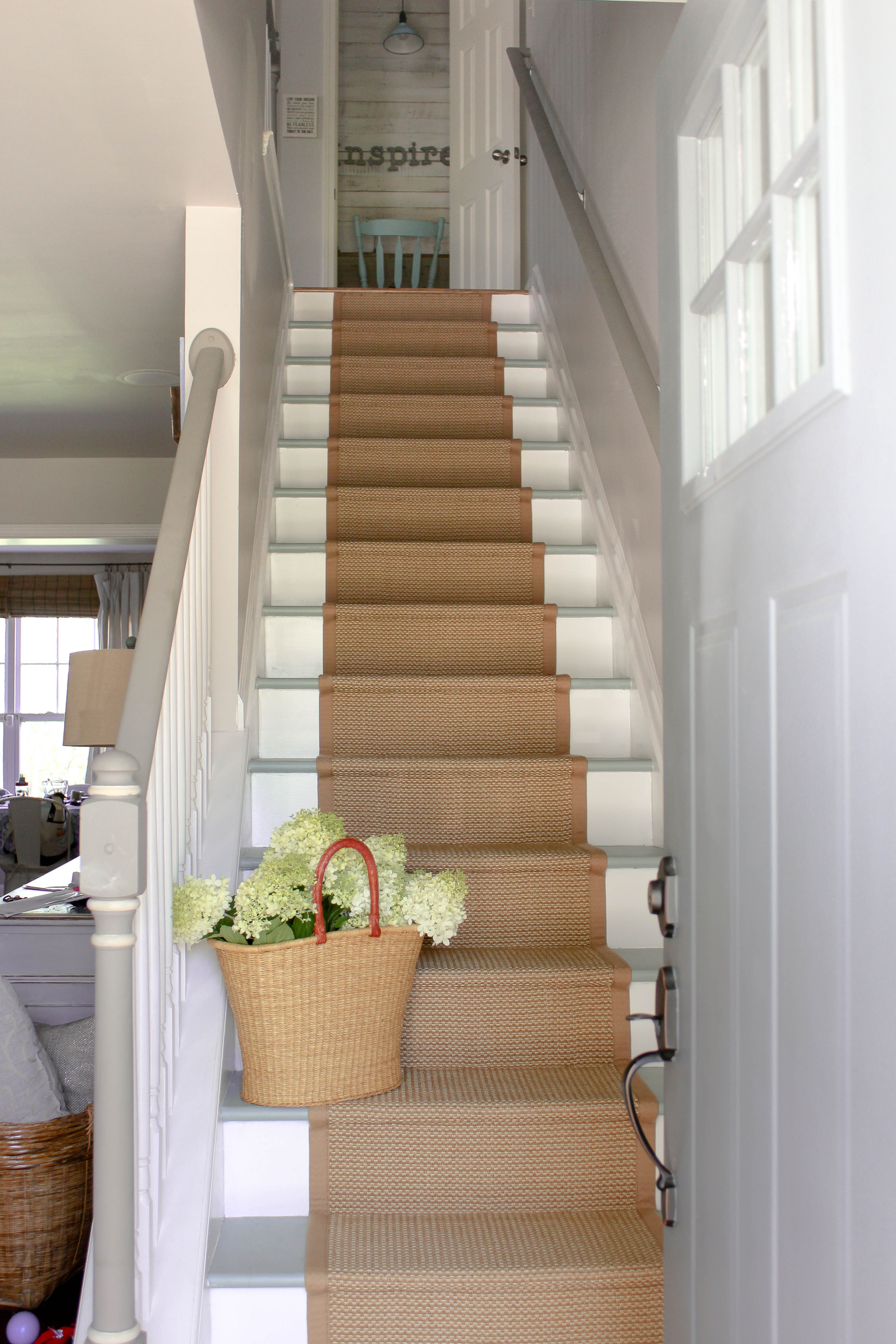stair runners a stair runner make to look like sisal or natural fiber but holds STFKWLS