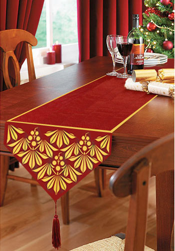 table runners the festive season AIFXKOC