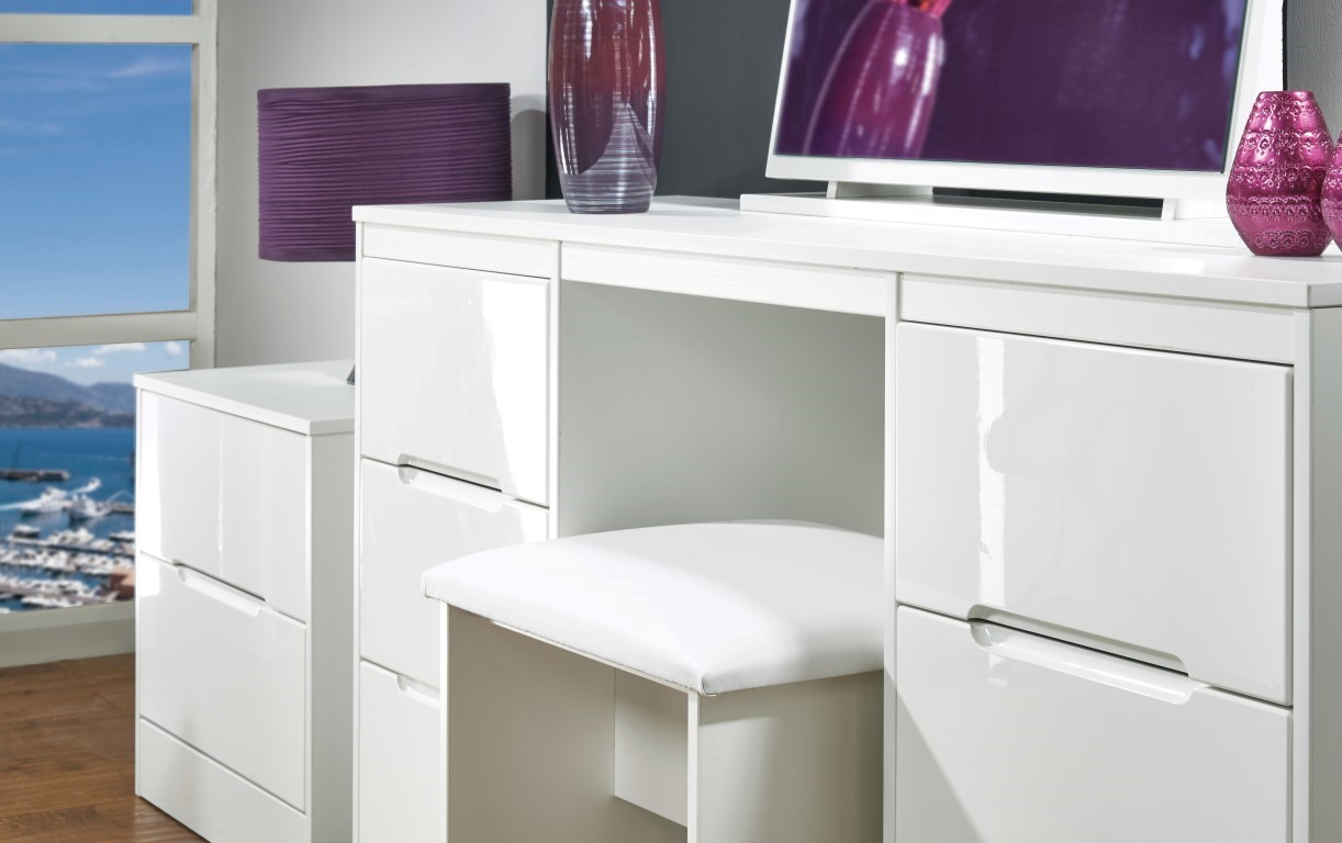 theme your furniture with white gloss furniture looks KFEBMHY