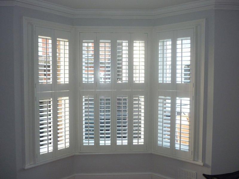 window shutters bay window plantation shutters FGDJUVN