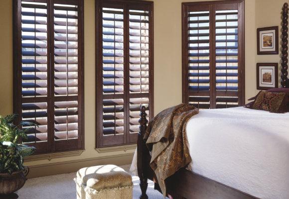 window shutters shop wood plantation shutters PWUFBBO