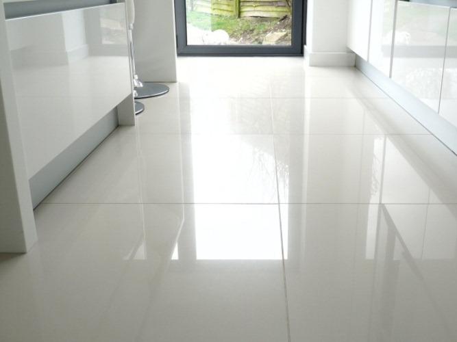 ceramic tile floors the pros u0026 cons of ceramic tile flooring ZCTMXTY