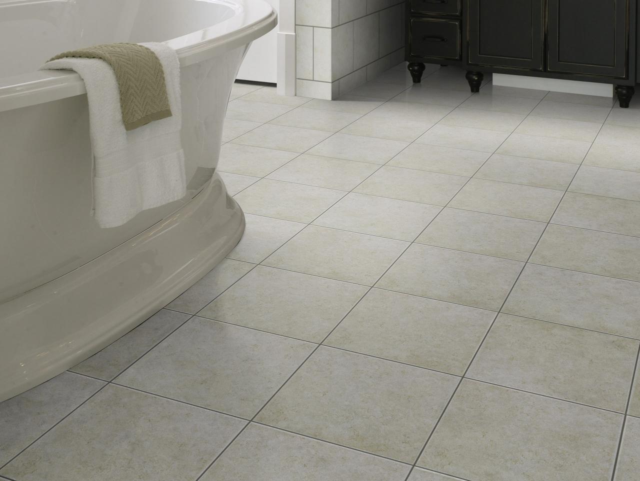 ceramic tile floors why homeowners love ceramic tile RMEWFUA