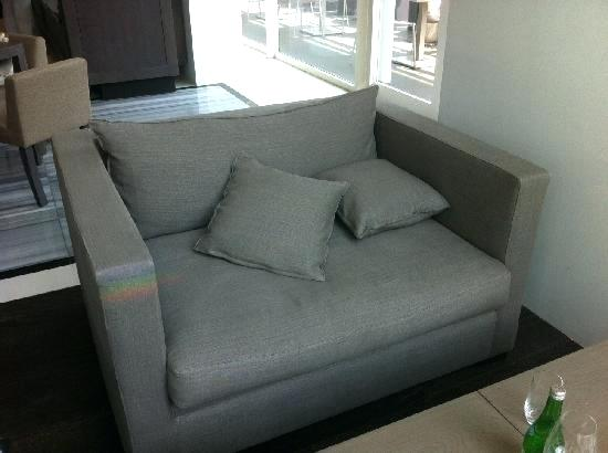 comfortable loveseat van huge comfortable small comfortable loveseat yxenayi HDJYGEE