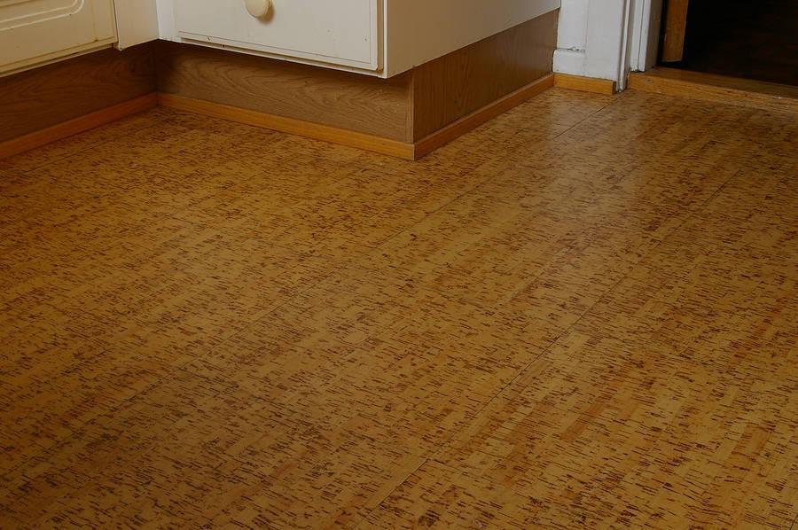 cork tile flooring how to clean cork floors IJIEUIA