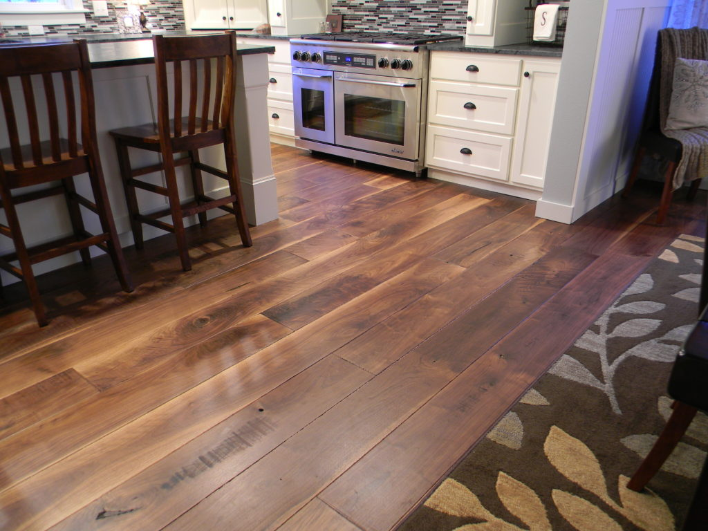 custom wide plank flooring BDEMENH