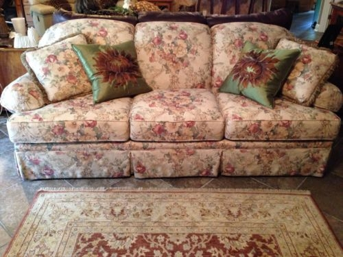 floral sofa and loveseat awesome clayton marcus sofa couch floral vintage style floral loveseats  regarding floral WBVRSYQ
