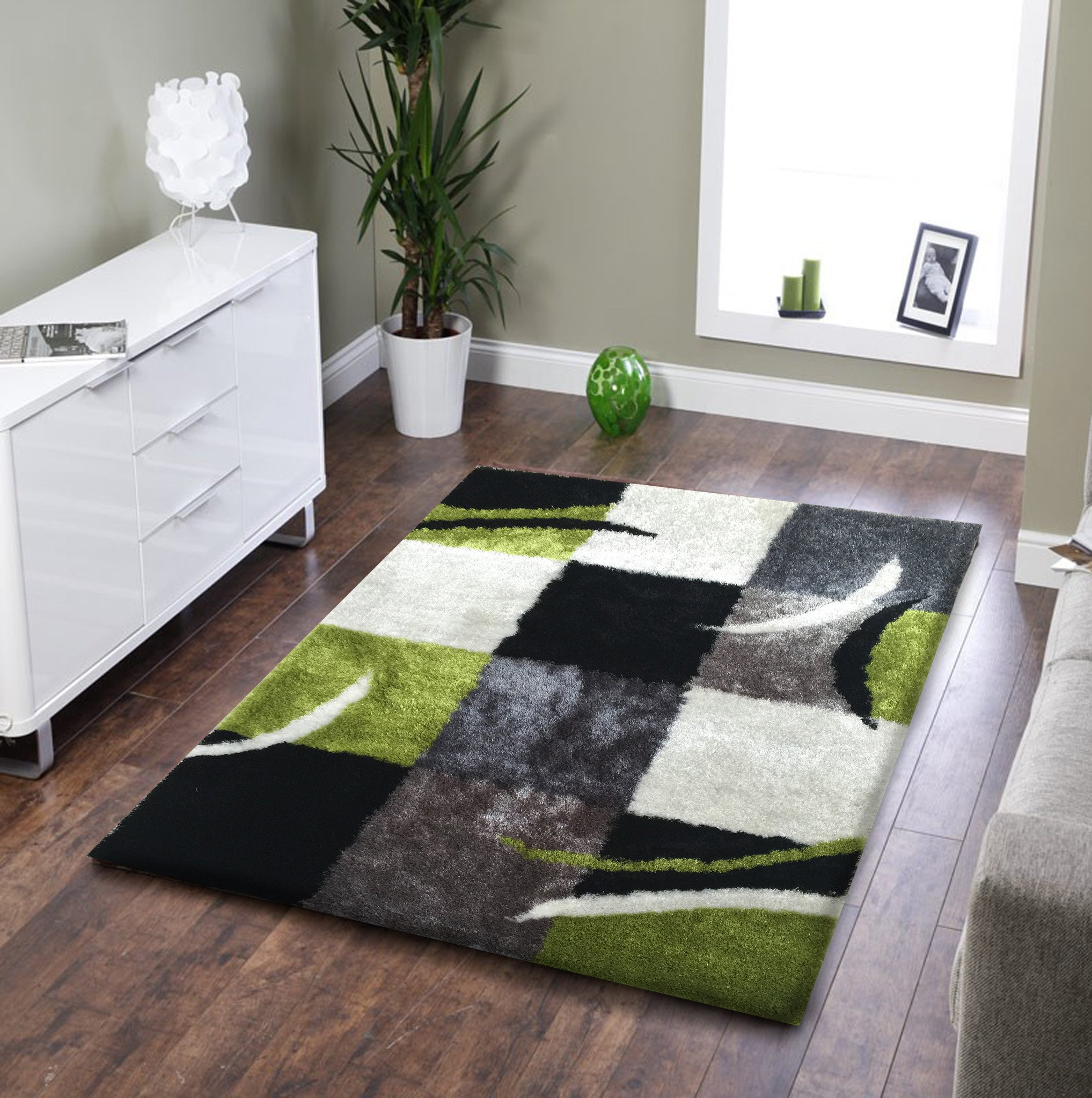 Green area rugs in the house: