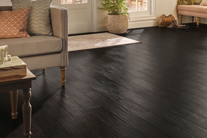 hand scraped hardwood floors forest floor maple hand-scraped hardwood in the living room - eamas65l404h WGOUMQH