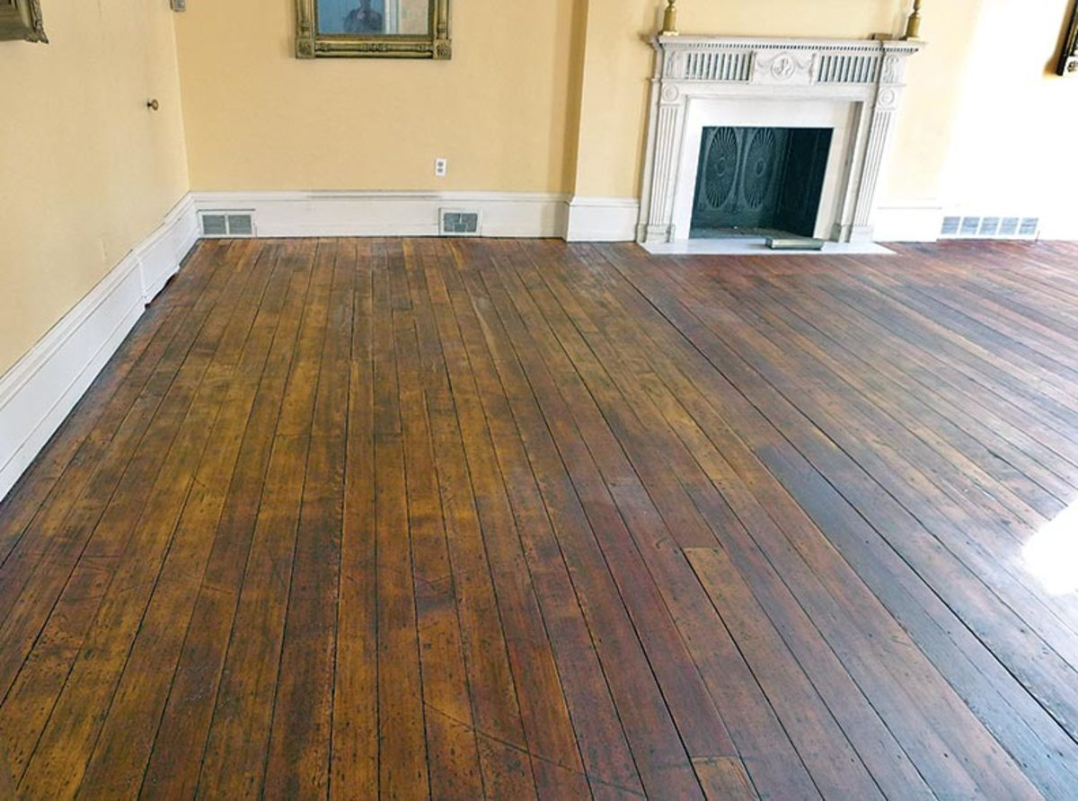 The specialty of hand scraped wood floors