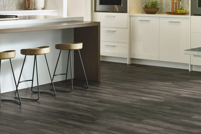 luxury vinyl flooring luxe plank with fastak LXMTVBP